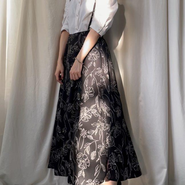 大人女子が着こなすサロペットスカートをご紹介!